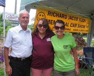 Gary Rudy, vice president of the RJR Memorial Fund, his wife, Cathy, and Katie Rudy, president of the RJR Memorial Fund.