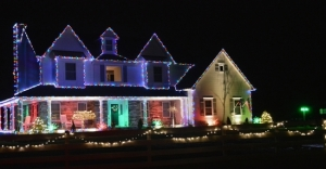 """One of last year's winners in the Regal Homes and Properties """"Light up Warwick"""" contest: 3 Canterbury Lane in Warwick."""